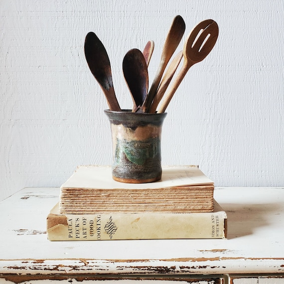 Hand thrown pottery cup. Toothbrush, pen/pencil, makeup brush holder. Handmade vase/pot.