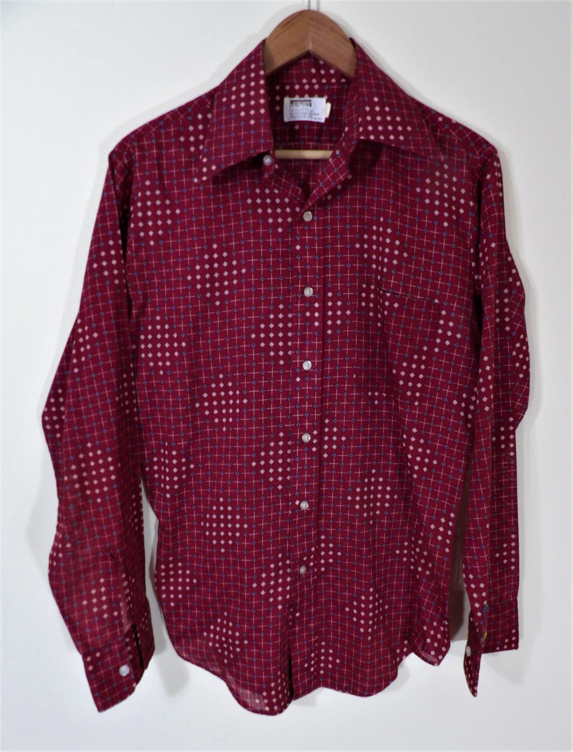 1970s Mens Shirt Styles – Vintage 70s Shirts for Guys 1970s Montgomery Ward Disco Maroon Geometric Lightweight Sheer Elongated Collar Shirt Mens Chest 44 $0.00 AT vintagedancer.com