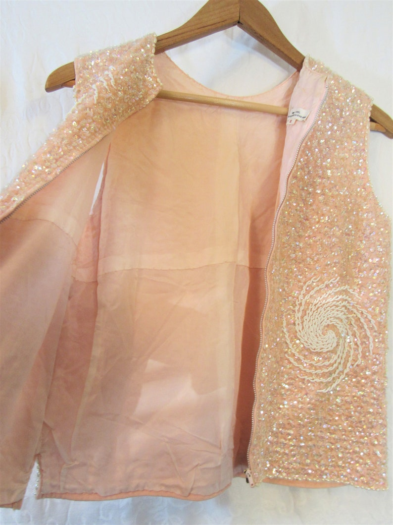 1960s Pink 100/% Wool Beaded Sequined Sleeveless Top Sz S Pearls Swirls Iridescent Evening Cocktail