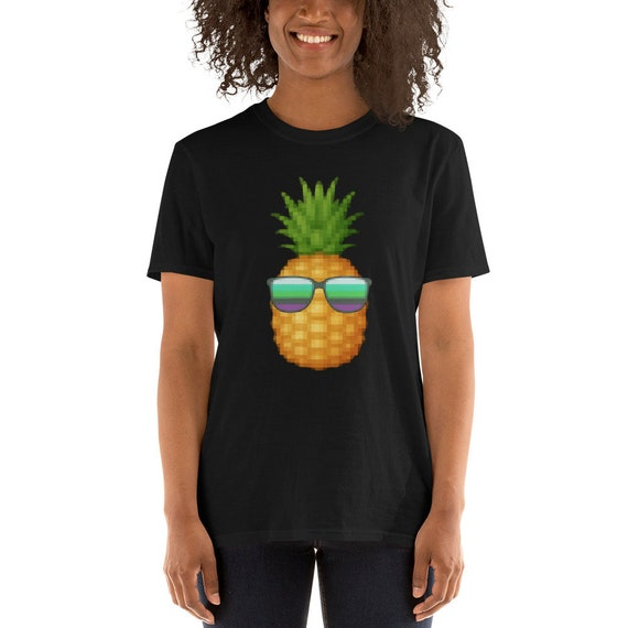 Pixel Art Cool Vibe Pineapple Sunglasses Shirt 80s Vibe Vacation Summer Beach Vacay Tee Funny Meme Unisex T Shirt