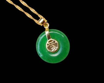 Véritable Vert naturel jade jade Ripple Poisson Crochet Style Collier Pendentif