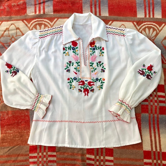 Vintage 1960s 70s Embroidered Folk Blouse Bohemian