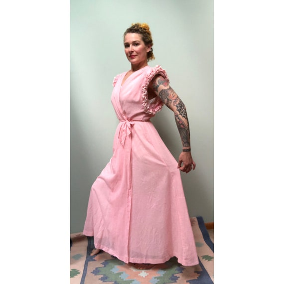 Vintage 1940s Swiss Dot Pink Cotton Dressing Gown