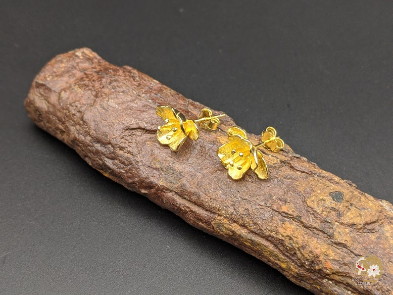 Sterling Silver Xmas Gift Begonia Flower Earrings Gift for her Begonia Silver Stud Earrings Begonia Gold Plated Silver Stud Earring