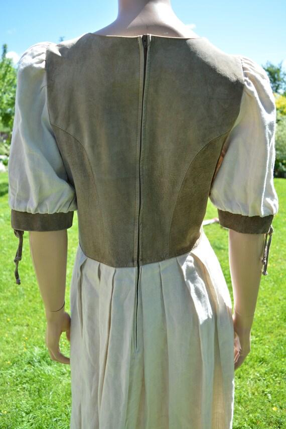 Cottagecore dress Vintage linen dirndl dress Size… - image 9