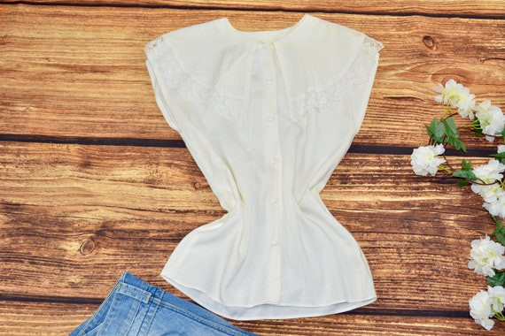 White big collar blouse Vintage bertha blouse  Siz