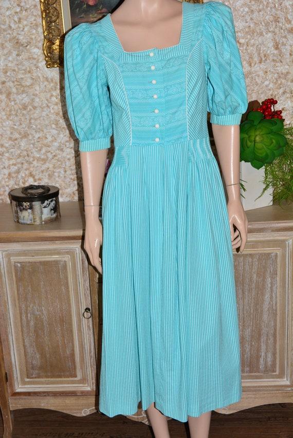 Vintage cotton dress Cottagecore dress Dirndl dre… - image 9