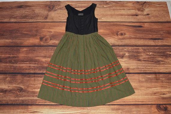 Cottagecore dress Vintage dirndl dress Size 42