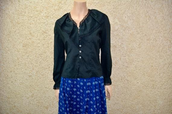 Vintage black big collar blouse Size S/M