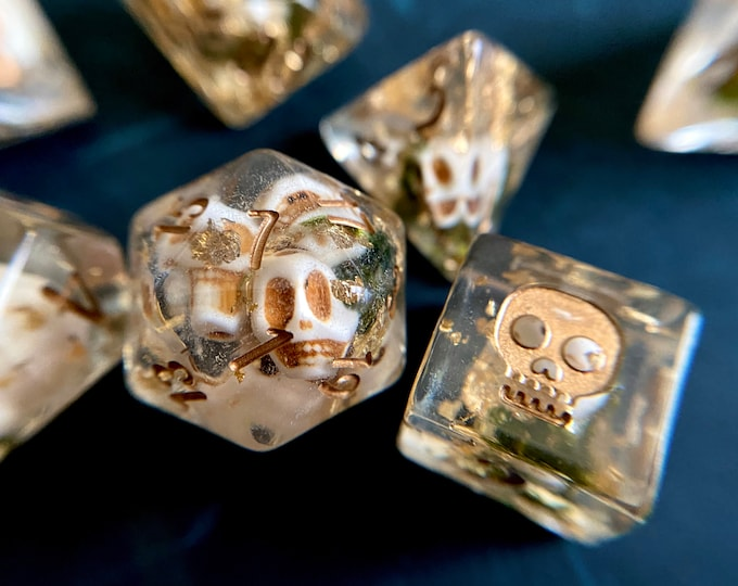 HEADHUNTER dnd DIce SEt for Dungeons and Dragons TTRpg, Polyhedral dice set for Tabletop role playing games - tiny bone skulls inside!