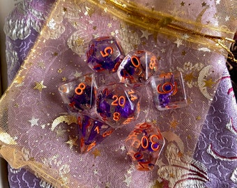 MAgic Blossom dnd dice set for Dungeons and Dragons, d20 Polyhedral dice set for TT RPG - REAL beautiful flowers inside!