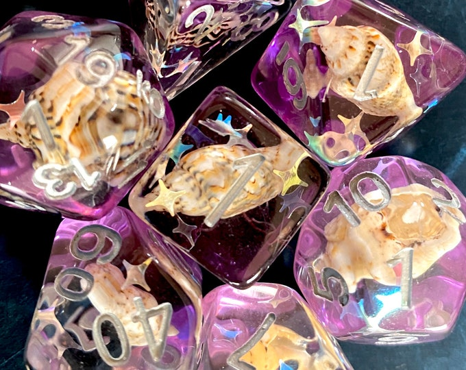 VIolet Waters SEA SHELL DNd DIce SEt For DUngeons And dragons TTRPg, Polyhedral D20 DiCe SEt -- REal SEa Shells INside!