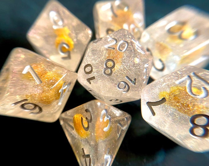 SUNVeiled FLower DNd DIce SEt for DUngeons And DRagoNs TTrpg, POlyhedral DIce SEt w/ REal FLowers INside!!