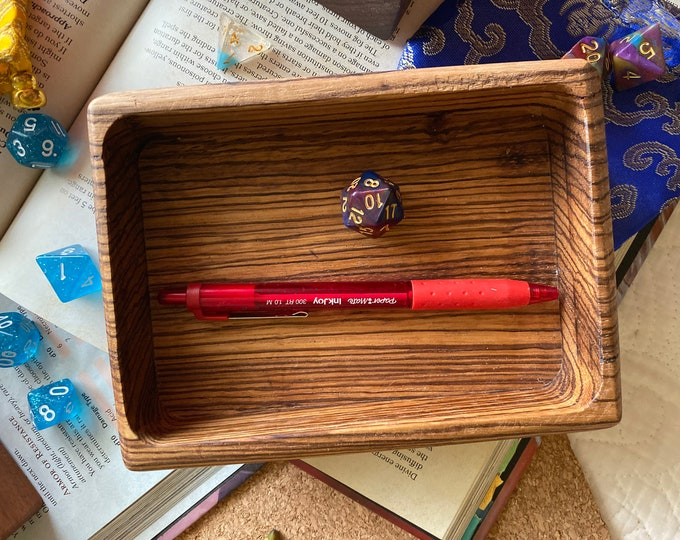 DIce TRay for Dnd Dungeons & Dragons TTrpg, WArhammer 40k, TAbletop ROle Playing GAmes - HAndcrafted SOlid WOod!! Square Rectangle