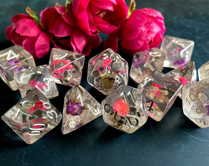 Love Bud DNd DIce Set for DUngeons and DRagons Ttrpg, PAthfinder Rpg Dice with Real FLowers Inside!!!