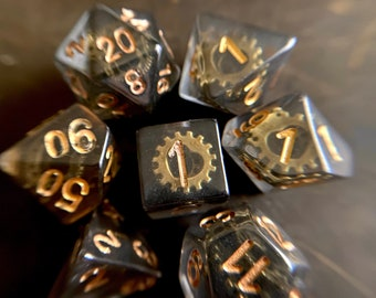 Gear Wheel DNd DIce SEt 4 Dungeons and Dragons, D20 POlyhedral DIce SEt