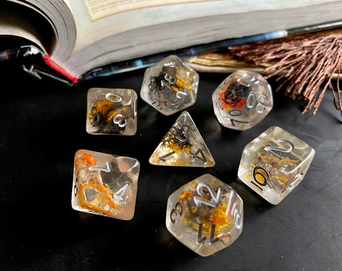 Flame MOSS dnd dice set for Dungeons and Dragons TTrpg, d20 Polyhedral dice for Tabletop Role Playing games - with REAL moss plants inside!