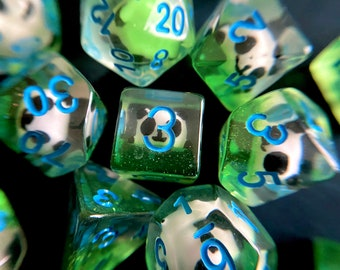 LAZY PANDA dnd DIce SEt for Dungeons and Dragons TTRpg, d20 Polyhedral dice set for Tabletop role playing games - filled with panda animals!