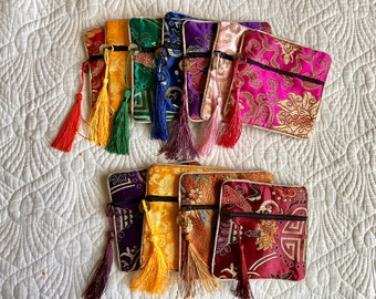 ZEn Dice Bag for DNd DIce SEt, Asian Inspired ZIpper POuch, Embroidered BAg for RPG Dice, Dungeons & Dragons