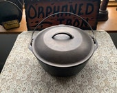 Lodge 8 Cast Iron Dutch Oven with Basting Lid