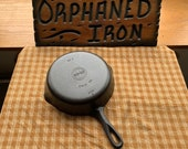 Griswold 6 Small Block Logo Skillet with Early Handle