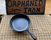Unmarked Wagner 5 Cast Iron Skillet