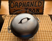 CHF 8 Cast Iron Dutch Oven with Basting Lid