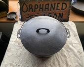 RARE Wapak 10 Block Logo Dutch Oven