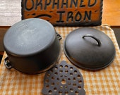 Wagner Ware 8 Dutch Oven with Trivet
