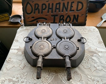 RARE! Griswold 1880 Spider Hotel French Waffle Maker