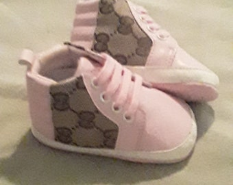 12937ed53b4 Gucci Inspired Pink Baby Crib Shoe Size 2