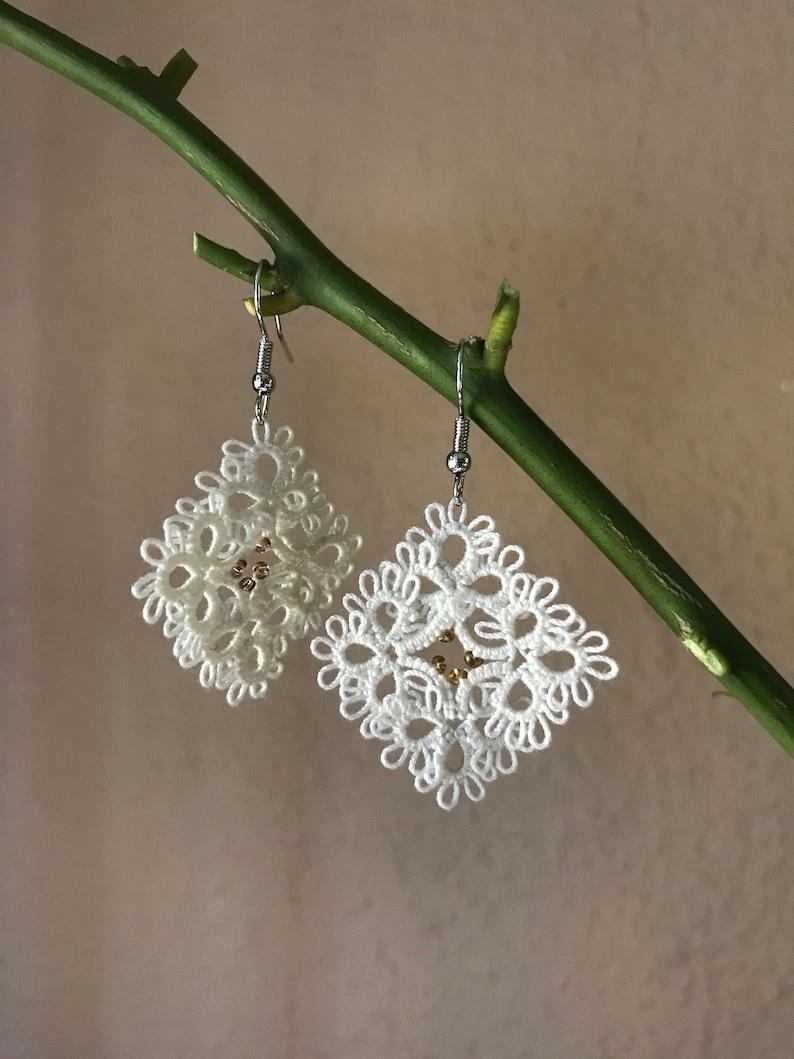 Elegant tatting lace earrings