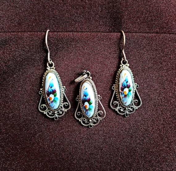 Russian vintage jewelry earrings Blue flower jewelry gift set Rostov finift enamel jewelry Folk art enamel painting From the 1970s