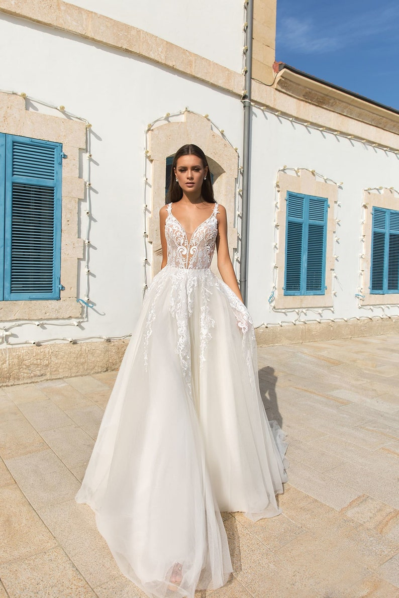 deep V Neckline wedding dress open back bridal dress boho image 2
