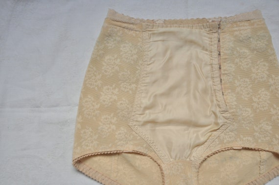 50s vintage lingerie panties floral satin nude col