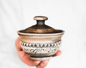 Ceramic salt cellar Sugar pot Pottery bowl Bowl with lid Pottery cellar Salt chambler Popper pot Spice cellar Salt pig Salt box Salt pinch