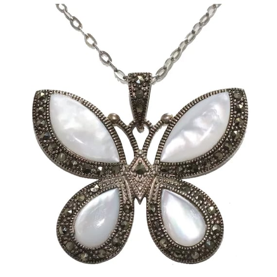 Sterling Silver Mother of Pearl and Marcasite Butt
