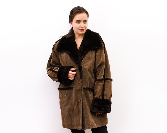 Vintage 90/'s Unisex Winter Oversized Brown Faux Fur Borg Trim Hooded Faux Suede Leather Coat Shearling Jacket Size L