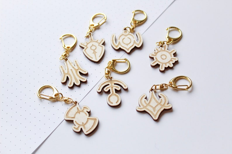 fe3h crests engraved charms