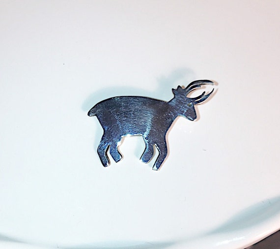 Navajo Silver Pronghorn Animal Pin Brooch