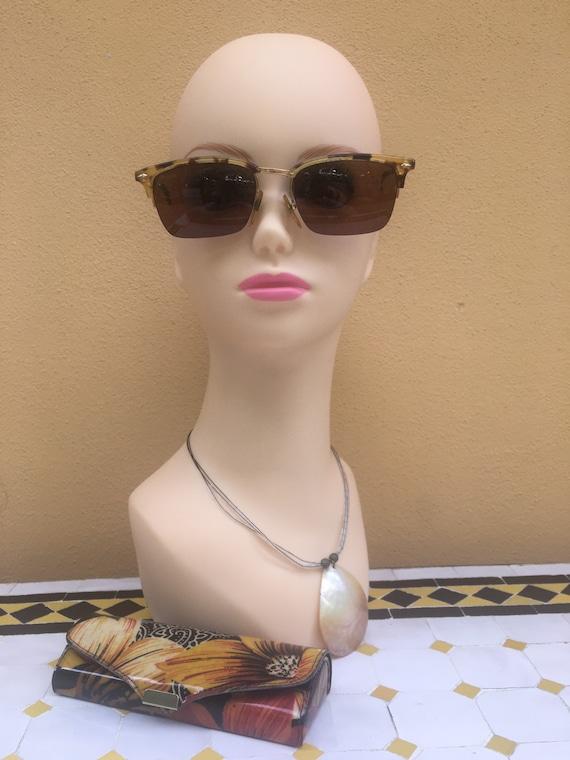 80s Vogue Sun glasses/Vintage Sunglasses Vogue/Fa… - image 1