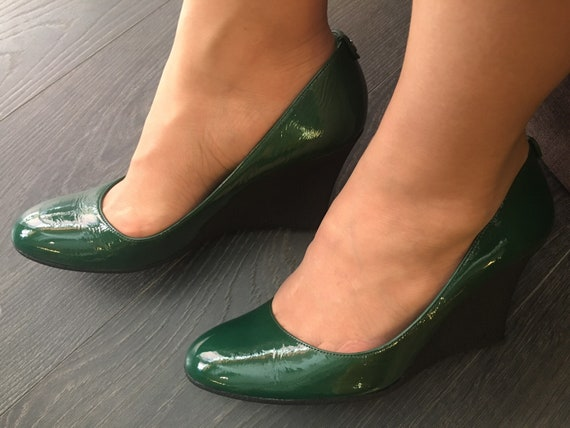Gucci/Lady Gucci style/Leather green Shoes Gucci/l