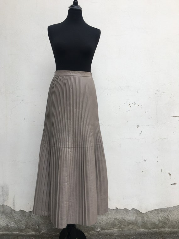 Skirt leather/vintage leather skirt/tailored chemi
