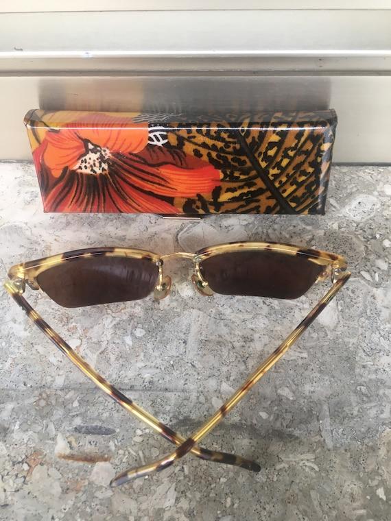 80s Vogue Sun glasses/Vintage Sunglasses Vogue/Fa… - image 9