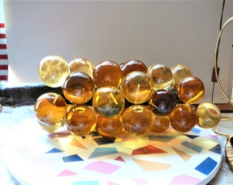 """Vintage Lucite/Acrylic Muscat Grapes on Wood 14"""""""