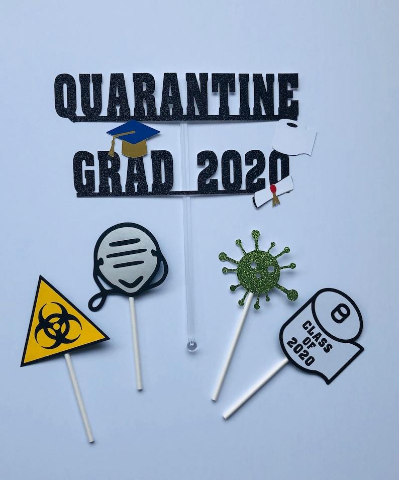 Quarantine Graduation cake topper image 0