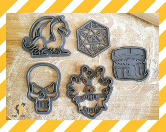 Cookie Cutters DnD dungeons and dragons gift I Beholder cookie cutter  I  Dragon I Skull I Mimic Chest I D20 I Fantasy gift