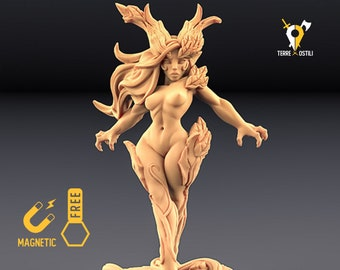 Pinup Dryad forest queen miniature Dungeons and dragons, DnD , Age of Sigmar, W40k, 9th Age, kow, mordheim | RPG tabletop miniature