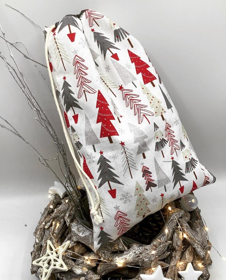 Handmade three-size reusable Christmas gift bag in France