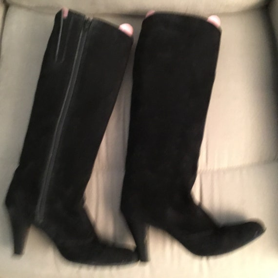 Black Suede Boots 1980s size 8 - image 3